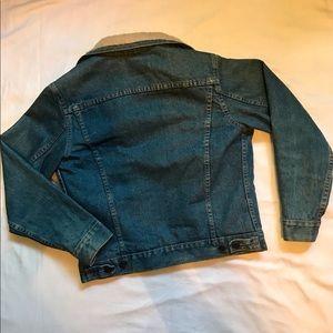 Levi's Jackets & Coats - LEVIS Sherpa lined jean jacket DIY M Med 🔥✨